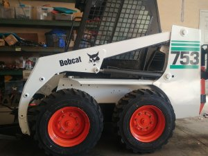 Bobcat 753 skid steer loader