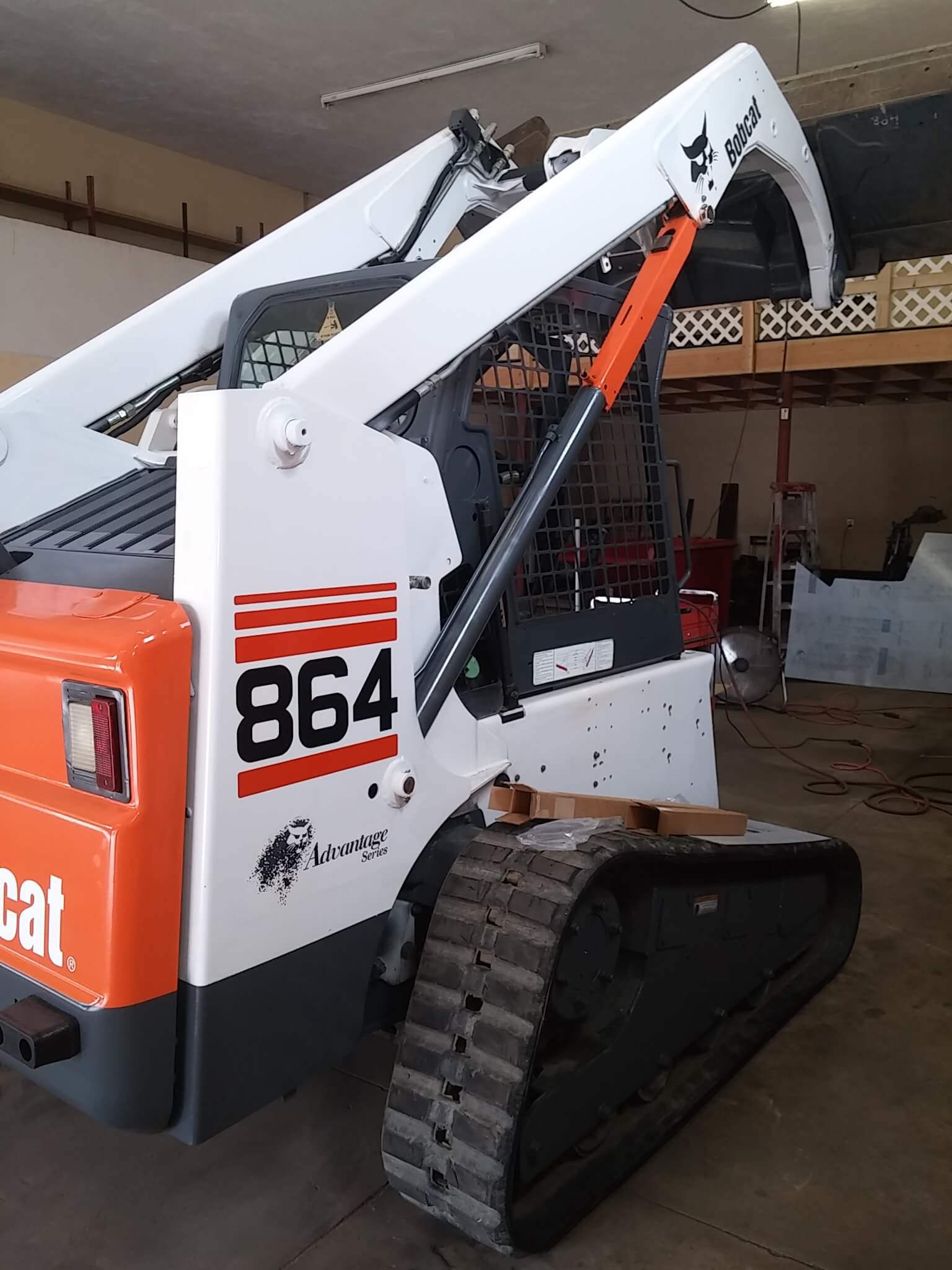 Bobcat 864 Skid Steer Loader
