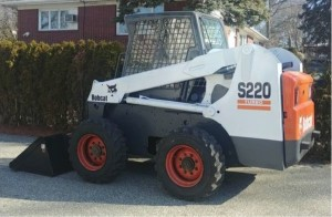 Bobcat S220 skid steer loader